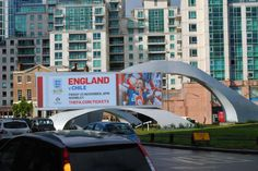 New Digital #OOH creative from @FA publicising England v Chile next week. First time on #DOOH. @amsmediagroup pic.twitter.com/IH4Z4THCRT