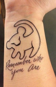 Disney tattoos - 30 popular motifs that radiate magic - Simba tattoo on wrist with quote Informations About Disney Tattoos – 30 beliebte Motive, die Zaube - Name Tattoos On Neck, Back Tattoos, New Tattoos, Sleeve Tattoos, Wrist Tattoos, Phoenix Tattoos, Tattoo Neck, Henna Tattoos, Lion Back Tattoo