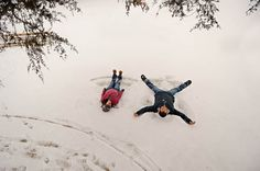 Winter engagement session by Red Bird Hills #wedding #engagement