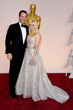 Actors Chris Pratt and Anna Faris walk the 87th Annual Academy Awards red carpet. via @stylelist | http://aol.it/1w0nfry