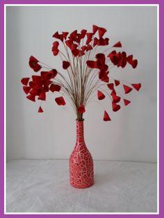 Flores de tecido vermelhas para decoração