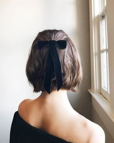 55 Cute hairstyles for Short Hair Hair Styles Short Bob Haircuts, Cute Hairstyles For Short Hair, Easy Hairstyles, Haircut Short, Halloween Hairstyles, Latest Haircuts, Thick Bob Haircut, Bob Haircut For Round Face, Perfect Hairstyle