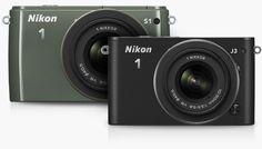 La Nikon 1 S1 inaugura la nuova serie S, caratterizzata da rapidità, eleganza e intuitività, e si propone di regalare straordinari risultati con il minimo sforzo. Progettata per garantire velocità e semplicità, la Nikon 1 S1 è pratica e facile da usare come una fotocamera compatta, ma molto più veloce, notevolmente più potente e con una qualità dell'immagine superiore.