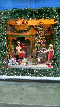 macys aka marshall fields state street christmas windows