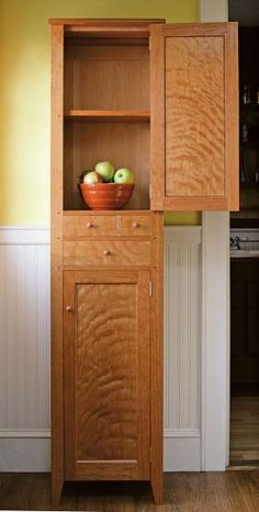 Shaker Chimney Cupboard.  I need something like this in my laundry room.