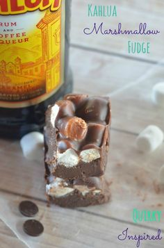 This Kahlua Marshmallow fudge recipe is to die for! It's delicious, plus totally fool proof for anyone that has never made fudge before!