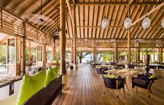 Ufaa Restaurant. Cocoa Island - Maldives. © COMO Hotels and Resorts
