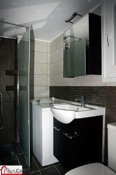 Ολική Ανακαίνιση Σπιτιού στους Αμπελόκηπους. Μπάνιο Bathroom Lighting, Bathtub, Mirror, Furniture, Home Decor, Bathroom Light Fittings, Standing Bath, Bathroom Vanity Lighting, Bathtubs