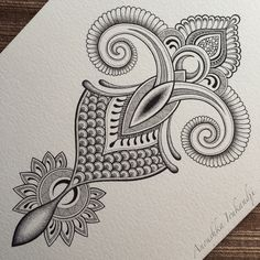 Anoushka irukandji : photo tattoos mandalas arte, dibujos co Doodle Designs, Doodle Patterns, Zentangle Patterns, Henna Designs, Designs Rangoli, Zantangle Art, Pen Art, Henna Mandala, Mandala Drawing