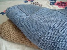 Ideas for baby blanket knitted patchwork Knitted Baby Blankets, Knitted Blankets, Knitted Hats, Knitted Throw Patterns, Knitting Patterns, Tricot Baby, Arm Knitting, Knit Crochet, Kids Outfits