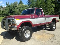 Old Ford Trucks, Ford 4x4, Cool Trucks, Pickup Trucks, Cool Cars, Dodge Pickup, Classic Car Insurance, Square Body, Trucks And Girls