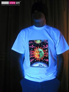 Fluorescent glow under UV black light. phosphorescent glow in the absolute dark. If you don't have a UV black-light, the T-shirt will still glow in the dark and of course be visible in normal light. Ikea Lighting, Uv Black Light, Glow Party, Color Effect, Trance, The Darkest, Neon Glow, Psychedelic Art, Mens Tops