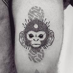 Capuchin monkey tattoo on the left thigh. Tattoo artist: Guga Scharf