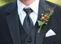 groom tuxedo ideas | Grooms-tuxedo-fall-wedding-boutonniere.original