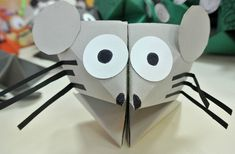 This cootie catcher is made into a mouse. This is a great project for students to complete while reading Mrs. Frisby and the Rats of NIMH. New Year's Crafts, Crafts For Kids, Classroom Fun, Classroom Activities, Chinese New Year Crafts, Year Of The Rat, Kits For Kids, Origami Tutorial, Preschool Art