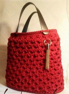 örgü deri saplı kırmızı el çantası