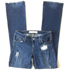 """Abercrombie & Fitch destroyed Jean 🌷Please Read the description! Thanks!🌷  Size: 4R, W27, L33.  Approx. Rise 7"""", inseam 30 3/4"""", length 38 1/2"""" I accidentally bought 2 of them but in different sizes. This one is smaller than the other one, so I didn't wear that much. Threads r disconnected.  Good condition.   Plz understand: ✅REASONABLE offers through offer buttons only ❌LOWBALL offers ❌TRADE Thank u for visiting my closet!  Happy shopping!💖 Abercrombie & Fitch Jeans"""
