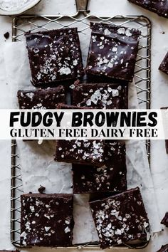 These decadent and fudgy brownies are completely refined sugar free, gluten free, dairy free, and paleo. They are topped off with dark chocolate chunks and flaky sea salt. Absolutely delicious and easy to make! #movementmenu #brownies #chocolate #dessert #glutenfree Paleo Dessert, Healthy Dessert Recipes, Real Food Recipes, Sweet Recipes, Paleo Recipes, Baking Recipes, Healthy Snacks, Healthy Eating, Fudgy Brownie Recipe