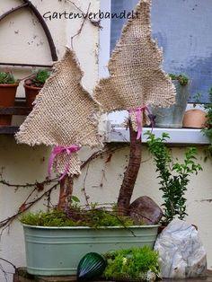 Gartenverbandelt: Adventsgartendeko-ein Jutetannenbaum