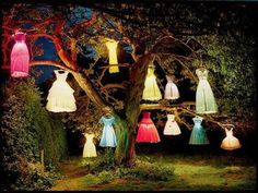 Cute idea for a tree / halloween party, outdoor halloween decorating idea - girls dresses