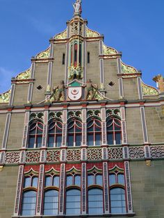 Building Facade in Halle an der Saale, a photo from Sachsen-Anhalt, East | TrekEarth