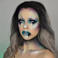 Cursed mermaid  If you could have any magical power what would it be? PRODUCTS: @starcrushedminerals pigments in lilac locks, candy chrome green, desdemona and siren (code KIMBERLEY for 50% off), @nyxcosmetics shadows in mermaid & whimsical, @unicornlashesuk in raven, @jazzy_glitter & @maccosmetics Teal reflects. Wig is from @wigisfashion