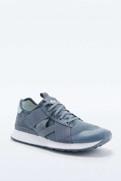 Adidas ar-10 Grey Trainers - Urban Outfitters