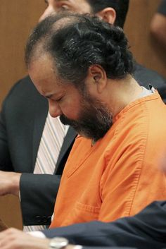 Ariel Castro ordered to pay to tear down Cleveland home where he held three women for a decade