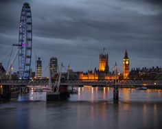 From Waterloo Bridge by Giuseppe Torre, via 500px