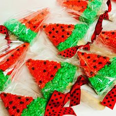 Watermelon Birthday, One In A Melon, Rice Krispie Treats, Watermelon Ideas, Gift Wrapping, Party, Gifts, Instagram, Gift Wrapping Paper