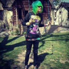 emo boy blue and green hair and he's a BOTDF lover :3 yay