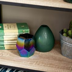 Style up your mantelpiece or book shelf with our vases. Aw18 Trends, Window Sill, Burning Candle, Tea Light Holder, Home Collections, Tea Lights, Discovery, Vases, Candle Holders