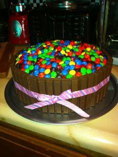 Kit Kat & M cake
