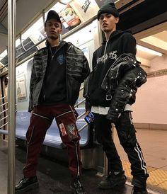 Subway Stunt'in Duo