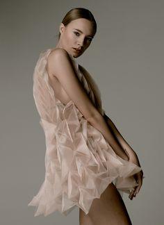 Raised / Unfolded fabric dresses - www.julewaibel.com