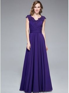 Vestidos princesa/ Formato A Decote V Chá comprimento De chiffon Vestido para a mãe da noiva com Pregueado Renda Bordado Lantejoulas (008040...