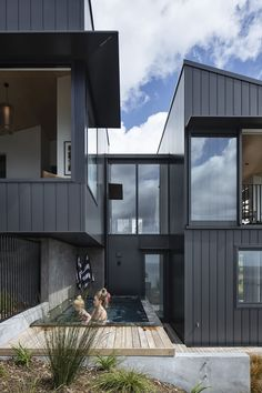 The Reef House Is A Series Of Carefully Planned Indoor And Outdoor Articulated Rooms, Each Having Well-Placed Windows To Capture Different Vistas Outdoor Living, Outdoor Spaces, Outdoor Decor, Exterior Cladding, Modern House Plans, Guest Suite, Floor Space, Entrance, Living Spaces