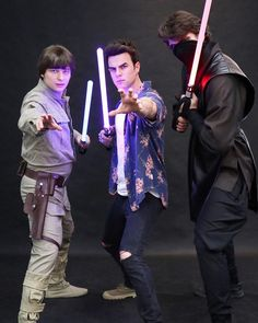 "86 mil curtidas, 384 comentários - Nathaniel Buzolic (@natebuzz) no Instagram: ""Use the force Luke... #pyrkon"""