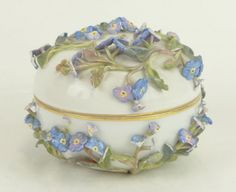 19/20th Century Meissen Porcelain Hand Painted Circular Dresser Box with High Relief Floral Decoration. Signed Underglaze Blue Backstamp Crossed Swords