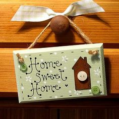 Home Sweet Home. Ahh, the scent of home sweet home. Fresh ground cinnamon and creamy vanilla make this an irresistible scent! Arte Pallet, Country Paintings, Country Crafts, Diy Home Crafts, Wooden Crafts, Wooden Signs, Painting On Wood, Sweet Home, Sweet Sweet