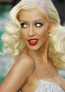 awesome 20 Christina Aguilera Hairstyles Check more at http://www.ciaobellabody.com/20-christina-aguilera-hairstyles/