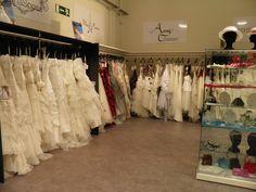 Plus de 100 modèles en magasin et des accessoires coordonnés!