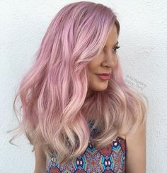 Rose hair with some blonde flavors!