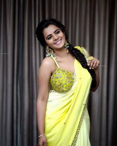 Beauty Galore HD : Manasa Himavarsha Curvaceous Body In Yellow Silk Saree Indian Actress Hot Pics, Most Beautiful Indian Actress, Actress Pics, Tamil Actress, Bollywood Actress, Beauty Full Girl, Beauty Women, Hot Actresses, Indian Actresses