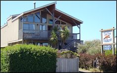The Sea Star Guesthouse in Bandon, Oregon, south Oregon Coast. Room rates start at $55 / night.