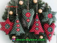 christmas tree ideas homemade 66 Ideas Homemade Tree Decorations Navidad For 2019 Sewn Christmas Ornaments, Fabric Christmas Trees, Christmas Tree Toy, Christmas Sewing, Felt Ornaments, Christmas Diy, Christmas Wreaths, Fabric Ornaments, Christmas Projects