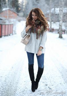Instagram: @mungoanna / Details: http://www.mungolife.fi  / Cable knit sweater, Zara, Topshop, Chanel Flap Bag, Mulberry, Minimum