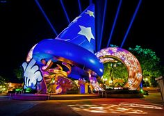The Magical World of Disney World by Tom Bricker | Who Designed It?