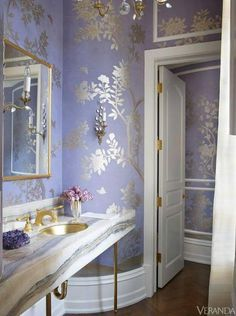 OMG most beautiful wallpaper ever! Colorful Connecticut Home - Suzanne Kasler Design - decorating before and after designs house design interior home design Home Interior Design, Interior And Exterior, Interior Decorating, Purple Interior, Modern Interior, Veranda Magazine, Deco Rose, Chinoiserie Chic, Design Case