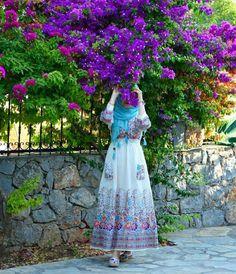 garceful fashion tips for hijabis Hijab Gown, Hijab Outfit, Hijabi Girl, Girl Hijab, Beautiful Muslim Women, Beautiful Hijab, Hijab Style, Hijab Chic, Abaya Fashion
